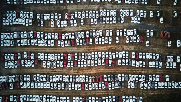 """疫情致欧洲汽车业停摆 中国车企借机""""反超""""?"""